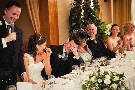Поздравление молодоженов за столом